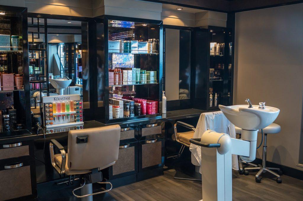 beauty salon, hair dresser, table